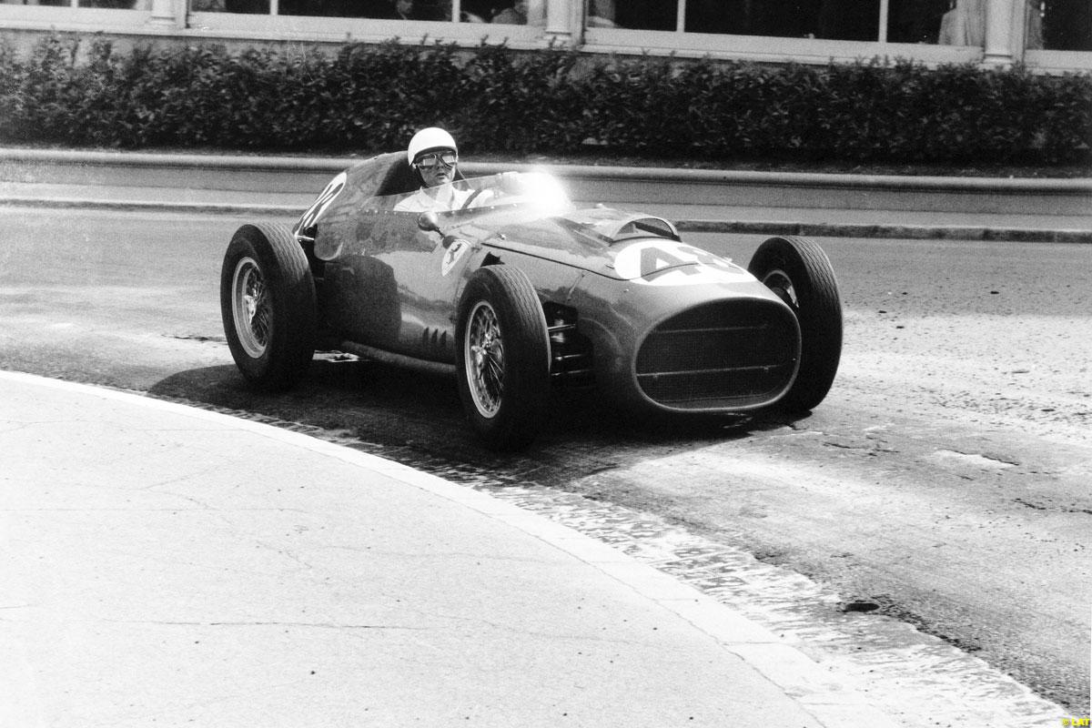 Re: FOTOS HISTORICAS DE FÓRMULA 1 (by @Scuderia_Fangio)